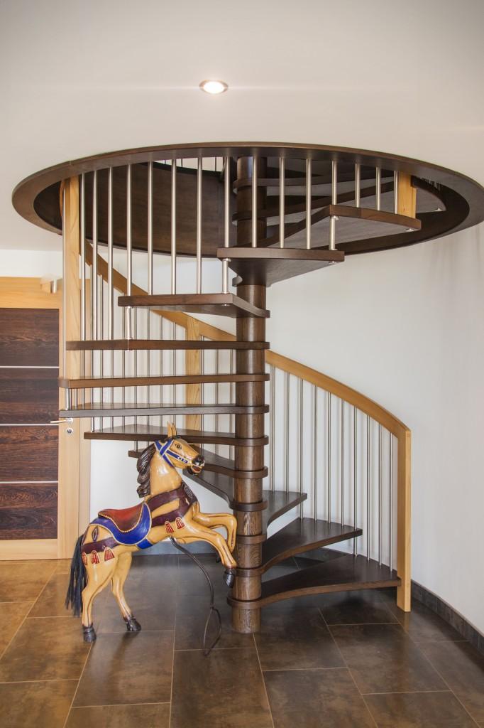 meubles sur mesure escaliers menuiserie b nisterie pfirsch. Black Bedroom Furniture Sets. Home Design Ideas